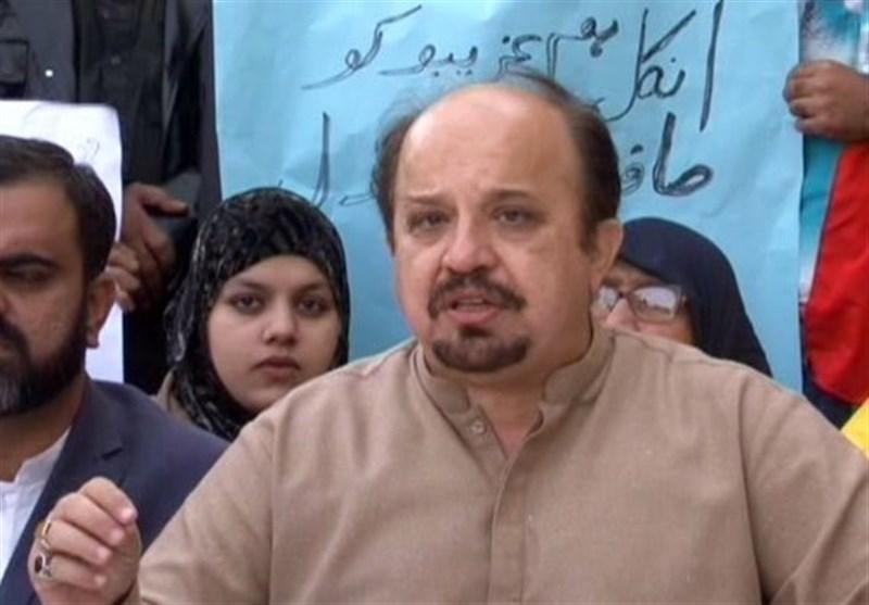 عضو ارشد حزب تحریک انصاف از تجزیه قریب الوقوع حزب مردم اطلاع داد