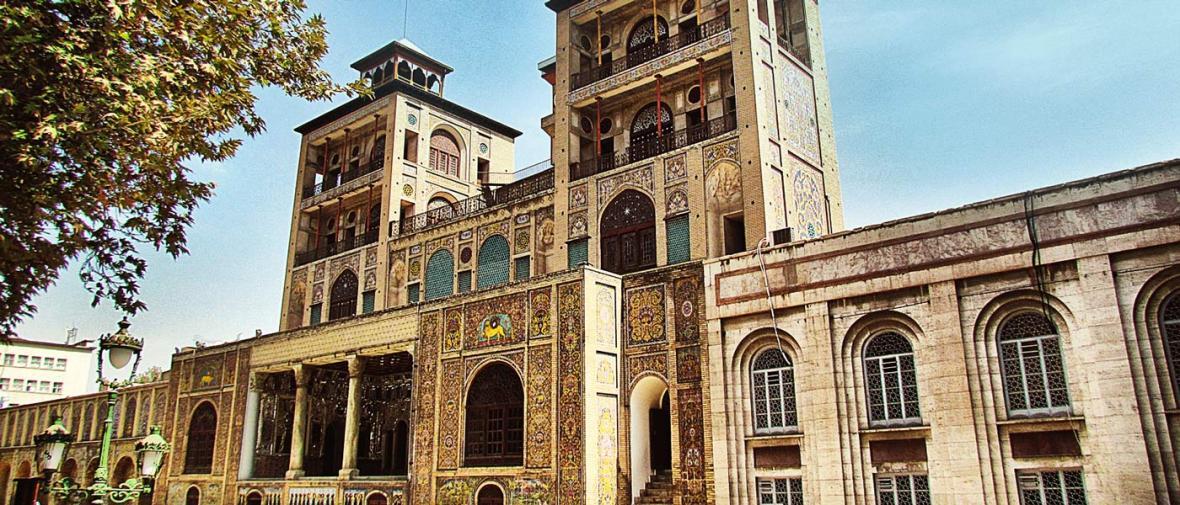 گشتی در سایت اینترنتی کاخ موزه گلستان؛ پرونده یک سایت