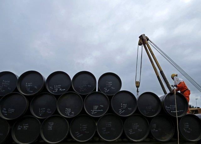 شکست اوپک در برابر کرونا ، دولتِ نفتی بدون فروش چه خواهد کرد؟