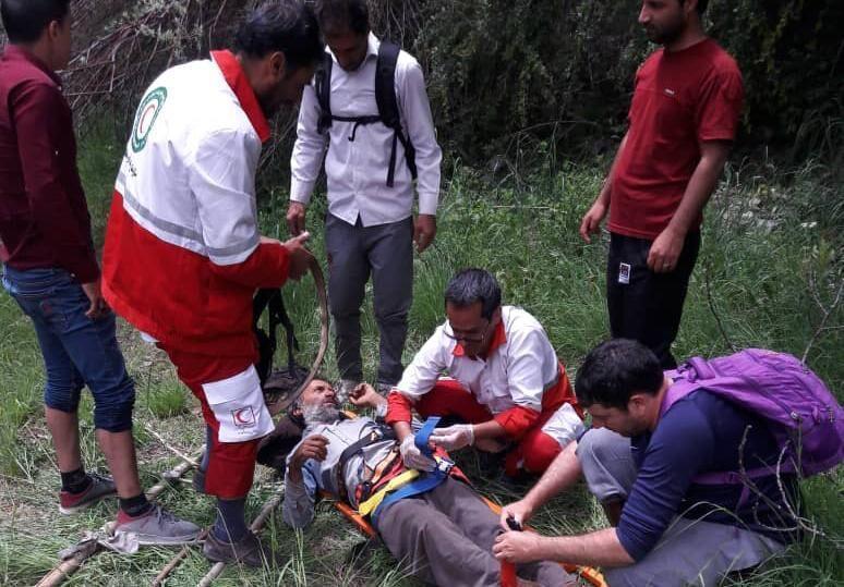خبرنگاران چوپان سقوط کرده در منطقه کوهستانی اِسکِر رابر نجات یافت