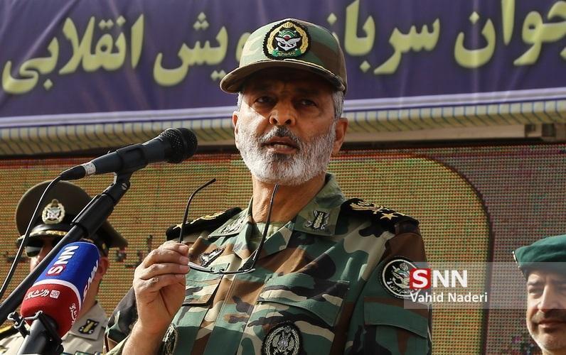 سرلشکر موسوی: عدم وابستگی به بیگانگان نقطه قوت صنعت پهپادی ارتش است