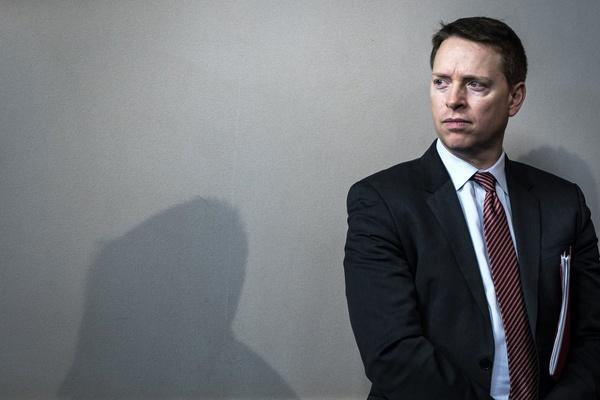 معاون مشاور امنیت ملی آمریکا هم کناره گیری کرد